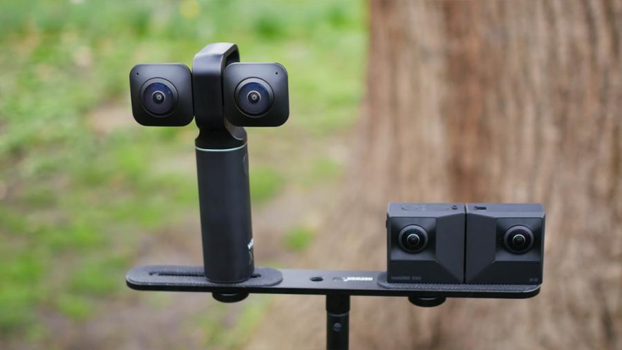 Insta360 EVO vs Vuze XR: Ultimate Comparison - 360° Camera